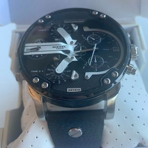 Mr Daddy 2.0 Quartz Stainless Steel and Leather